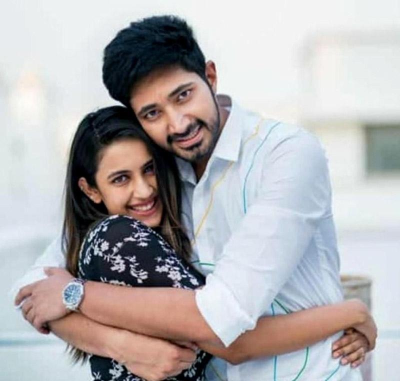 Pics of Niharika with fiancé Chaitanya revealed. Take a look