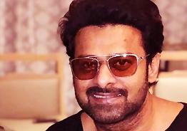 Jagan might make AP beautiful: Prabhas