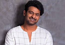 Star daughter loves Prabhas, says it openly!
