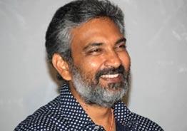 Rajamouli's big plans with superstars for RRR