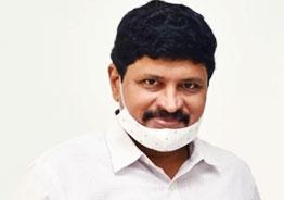 TRS MP Santosh Kumar contracts coronavirus