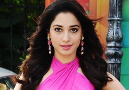 Tamannaah tries 'jugad' with digital workout sessions!