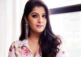 Varalaxmi Sarathkumar's social media accounts get hacked