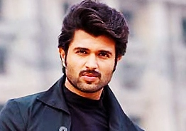 Vijay Deverakonda to fight like a 'Fighter'