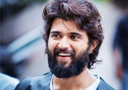 Vijay Deverakonda endorses latest OTT hit