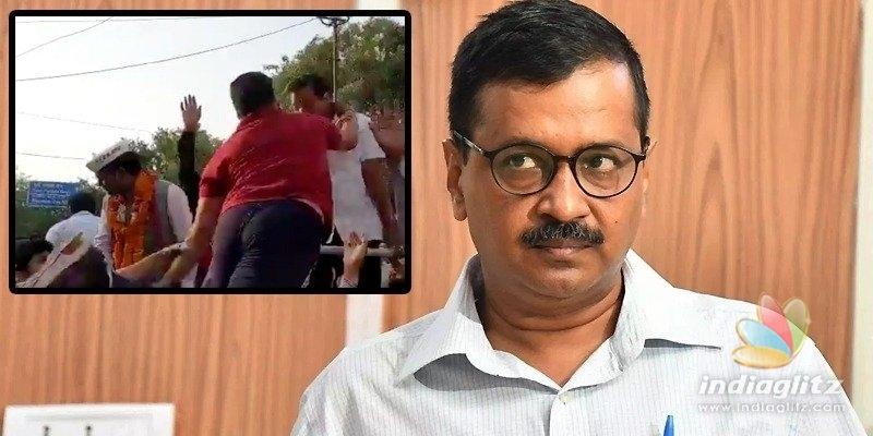 Man slaps Kejriwal during roadshow