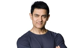 Aamir Khan turns waiter at Ambani wedding, video goes viral