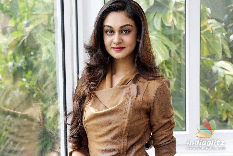 Actress Sruthi Hariharan accuses south Indian actor of