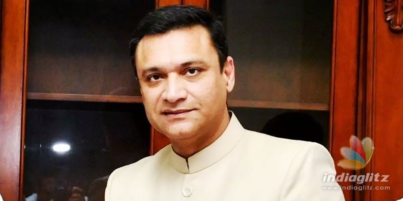 Akbaruddin Owaisi demands removal of status of PV, NTR; KTR condemns