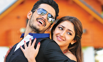 Akhil makes it Big