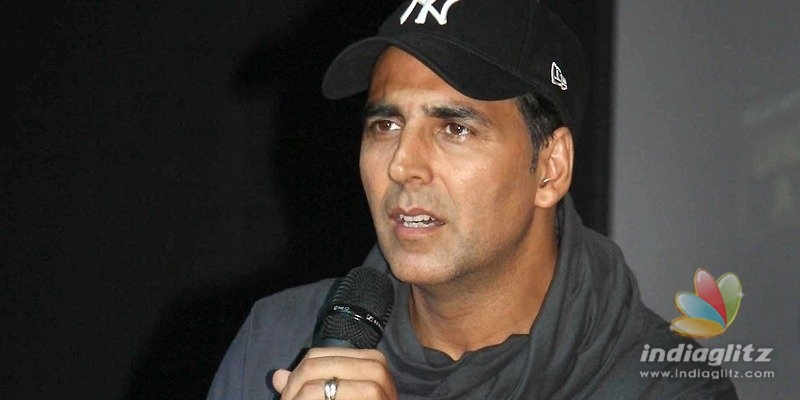 Dont politicize my citizenship issue: Akshay Kumar