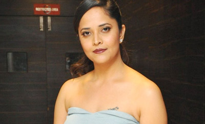 Anasuya denies allegations, says cops should find details