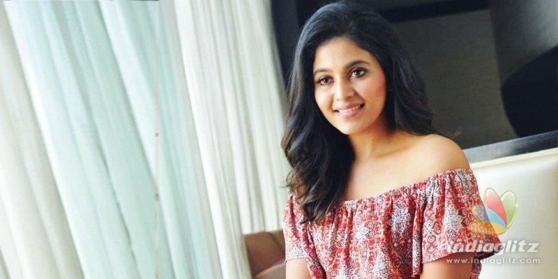 Anjali on Vakeel Saab, Pawan Kalyan & more