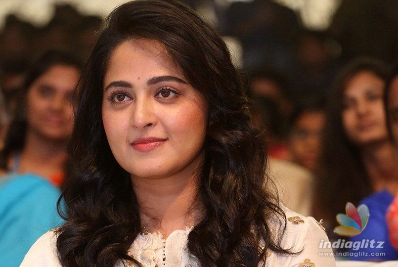 Anushka to romance unexpected hero: Reports