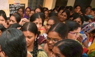 AP elections: Women voters puzzle betting bazaar