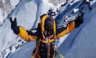 Hyd guy Bharat Thammineni scales Mt Lhotse