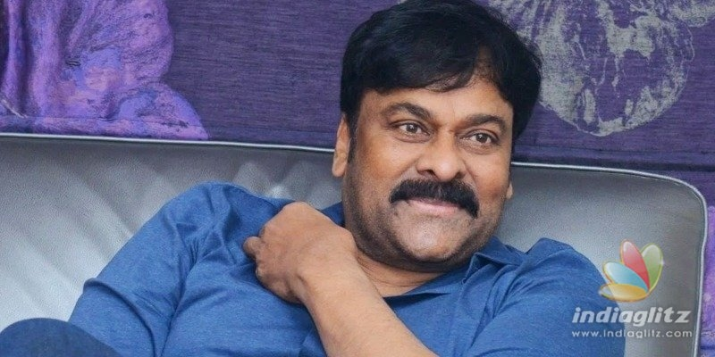 Chiranjeevi helps out ailing fan with monetary help