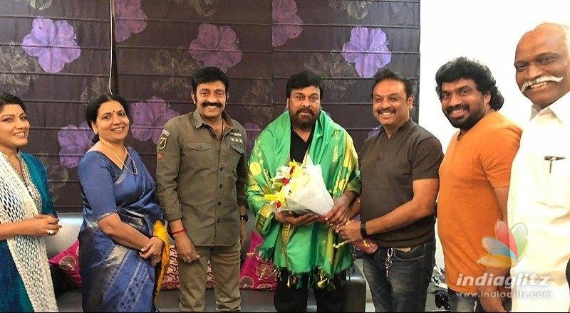 Nareshs panel gets Chiranjeevis blessings