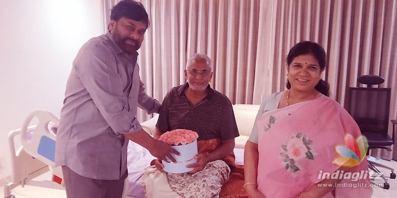 Chiranjeevi, Surekha call on Murali Mohan