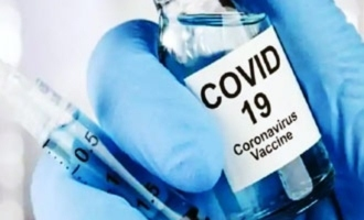 Oxford Covid-19 vaccine: Clinical trials to continue despite volunteer's death
