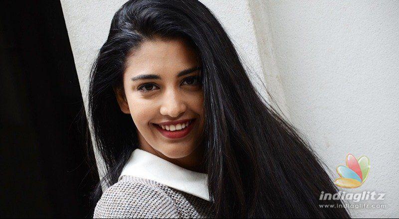 I like cool movies, not serious types: Daksha Nagarkar