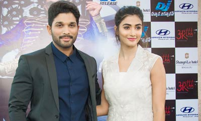 Allu Arjun And Pooja Hegde DJ Press Meet In Bengaluru
