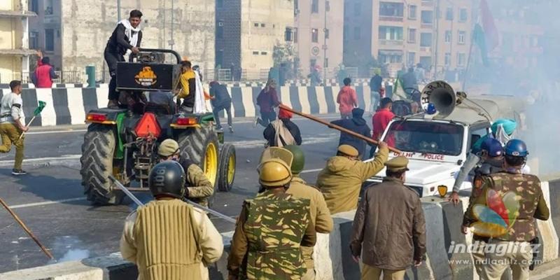 Republic Day protests: Unruly rich farmers reach Red Fort, violate norms
