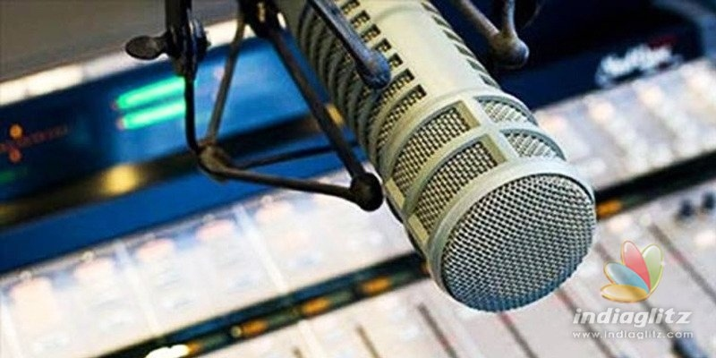 FM stations hit back, Tollywood suffers due to fight!