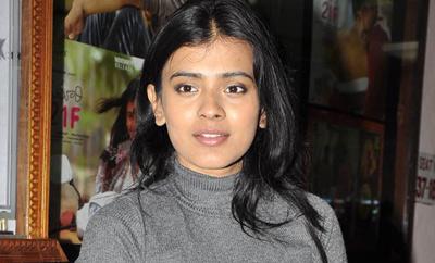 'Sri Lakshmi & 24 Kisses' revived with Hebbah Patel