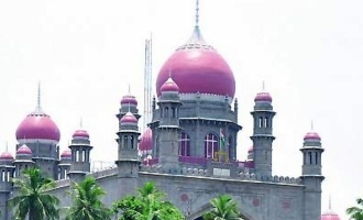 High Court directs KCR govt to talk to RTC representatives