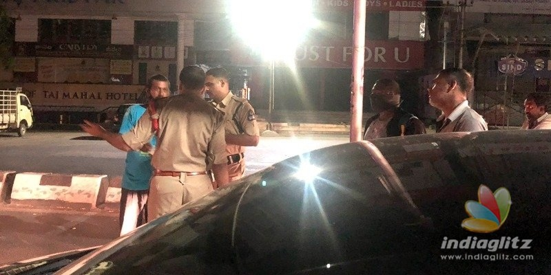 Hyderabad police misbehave with journalists in curfew hours