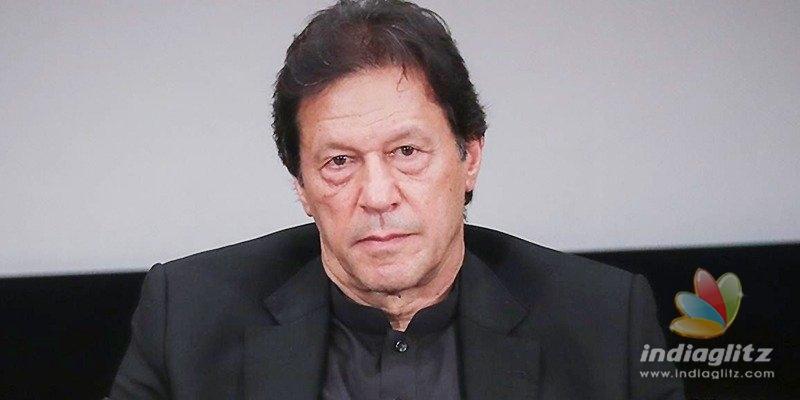 Imran Khan becomes a fool after fake anti-India post
