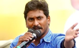 Comedian Prudhvi, two other actors hail Jagan