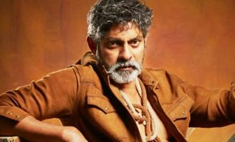 Jagapathi looks 'Seema-bidda' as Raja Reddy