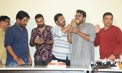 'Jawaan' Team Celebrates Success