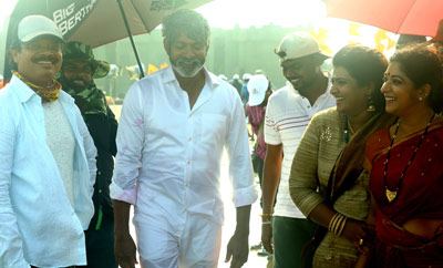 'Jaya Janaki Nayaka' On Location