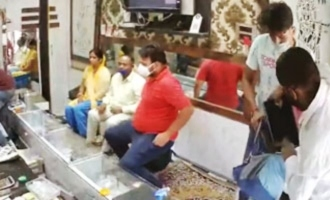 Rs 40 lakh worth jewelry stolen at shop, CCTV footage captures robbery