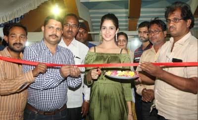 Kashish Vohra Launches National Silk Expo Begans @ Satya Sai Nigamagamam