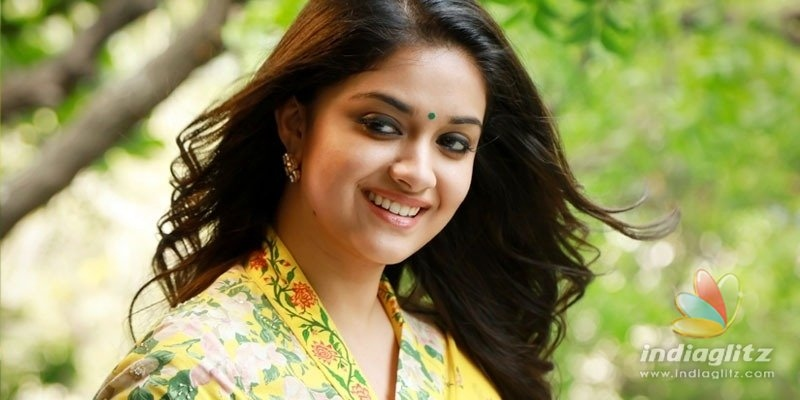 Keerthy Suresh has gala time making chocolate dosa