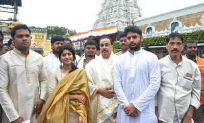 'LIE' Movie Team At Tirumala
