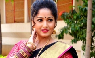 Is Nacchavule heroine Madhavi Latha pointing towards her marriage?