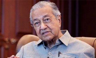 Mahathir's 'Muslims have a right to kill French people' tweet pulled down