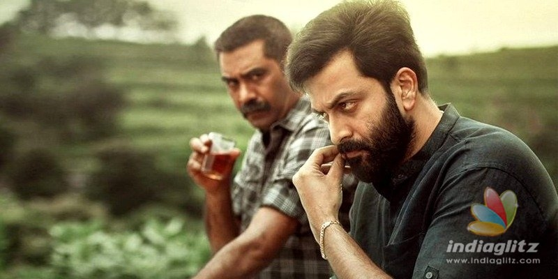 Malayalam blockbuster to be remade in Telugu