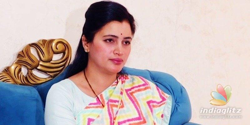 Caste certificate of former actor & MP Navneet Kaur Rana cancelled!