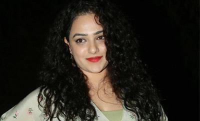 Nithya Menen sings Jazz in four languages