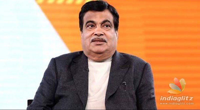 Gadkari falls due to sugar, Governor saves him