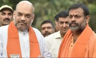 Paripoornananda joins BJP as Karma Yogi