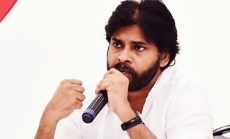 Pawan plugs Sakshi reports to expose Jagan's hypocrisy