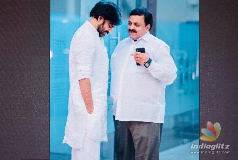 Pawan Kalyan snapped with IT commissioner