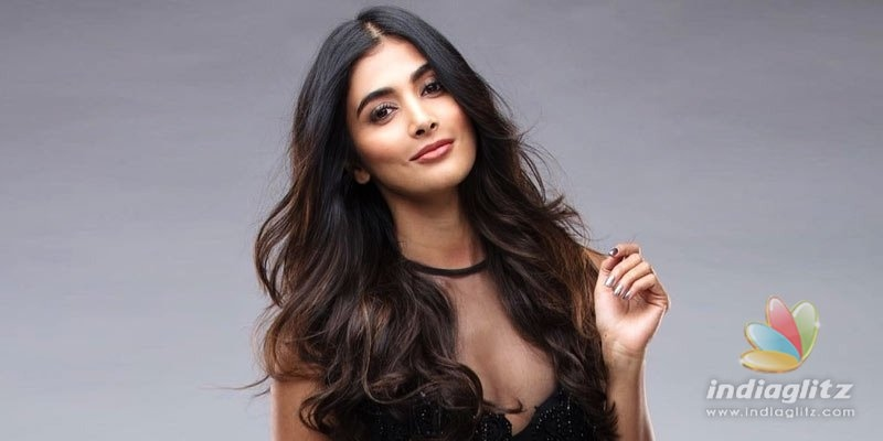 Pooja Hegde chops her hair to get rid of old